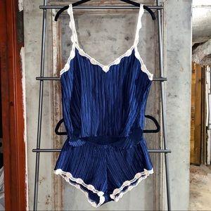 La Perla Beige Lace Navy Blue Plisse Sleeping Set